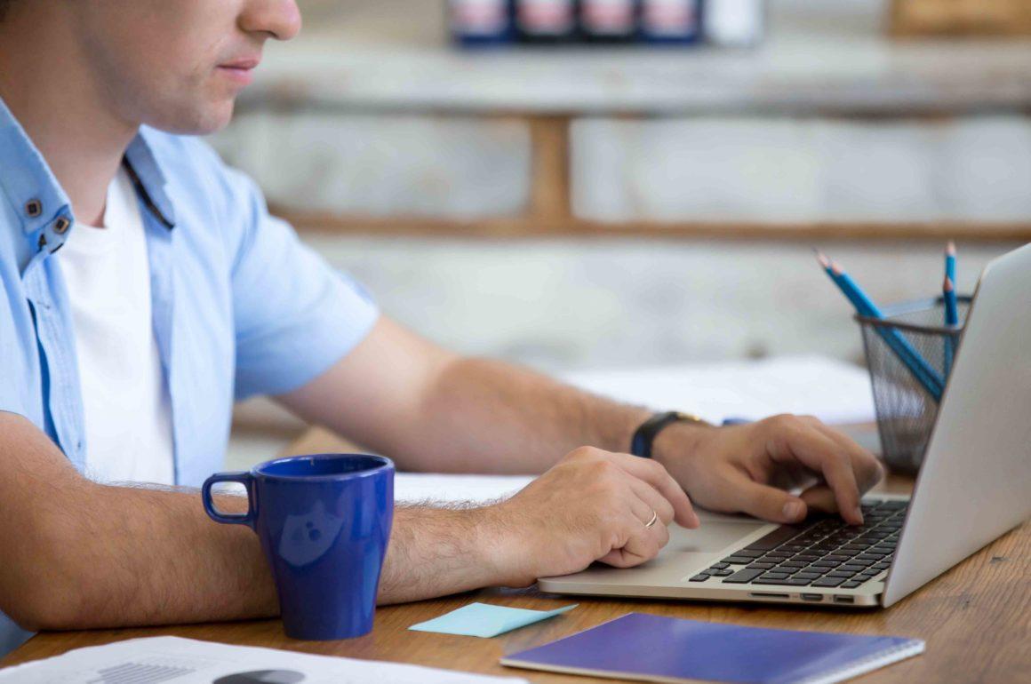 Cinq bonnes raisons de travailler un jour férié