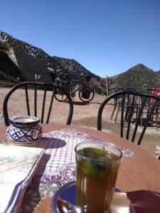 partir autour du monde à bicyclette Maroc 2100m altitude