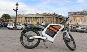 essai du FEDDZ cyclomoteur électrique avec SAUVAGES Mag dans Paris