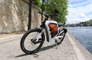 Le FEDDZ est le cyclomoteur du futur, 100% électrique et ultra moderne