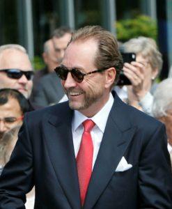 portrait du milliardaire philanthrope norvégien Kjell Inge Røkke