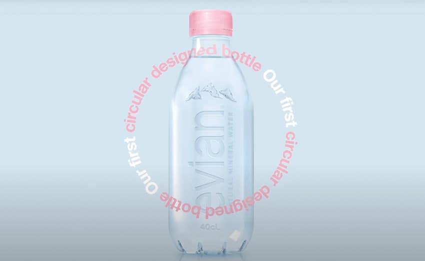 premiere bouteille evian recyclée
