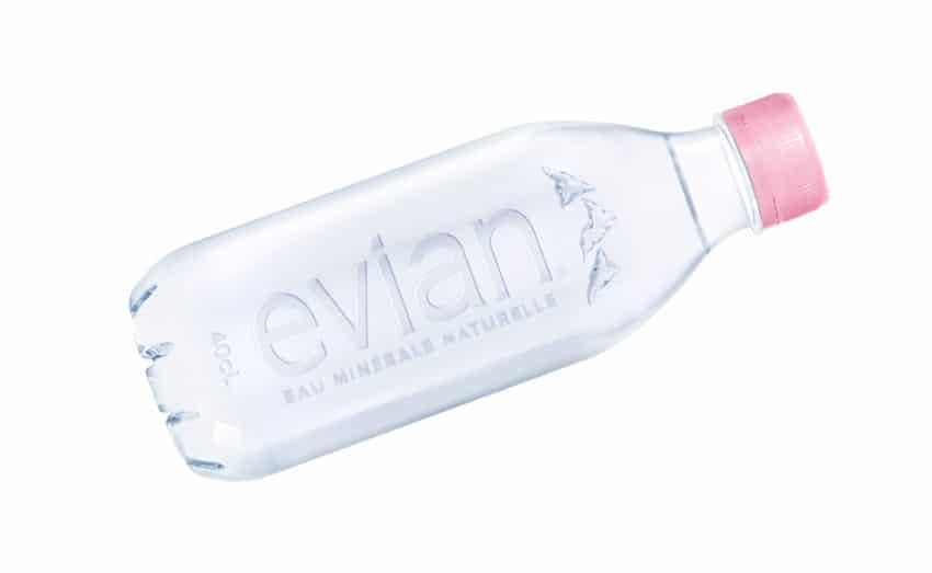 nouvelle bouteille en plastique recyclée evian